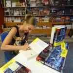 K2_Libreria Giunti al Punto_Vigliano Biellese_13 settembre 2014_Elisabetta e Tremillina_autografi_5_b